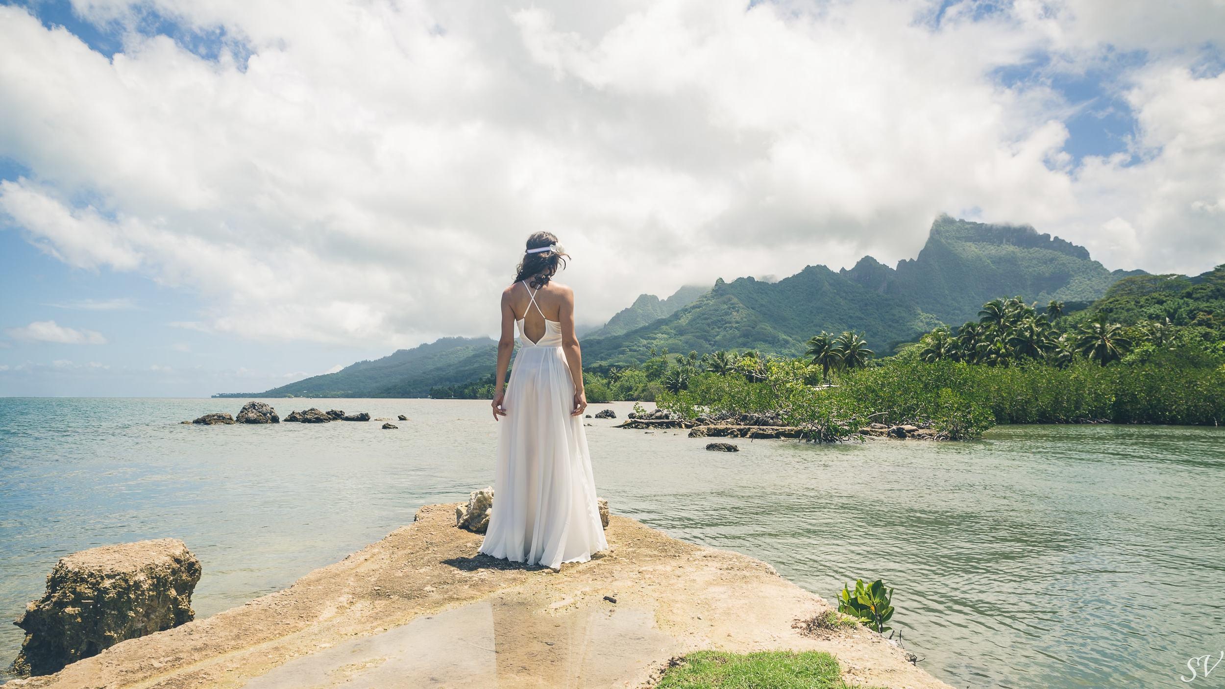 Bridal photo shoot in Moorea