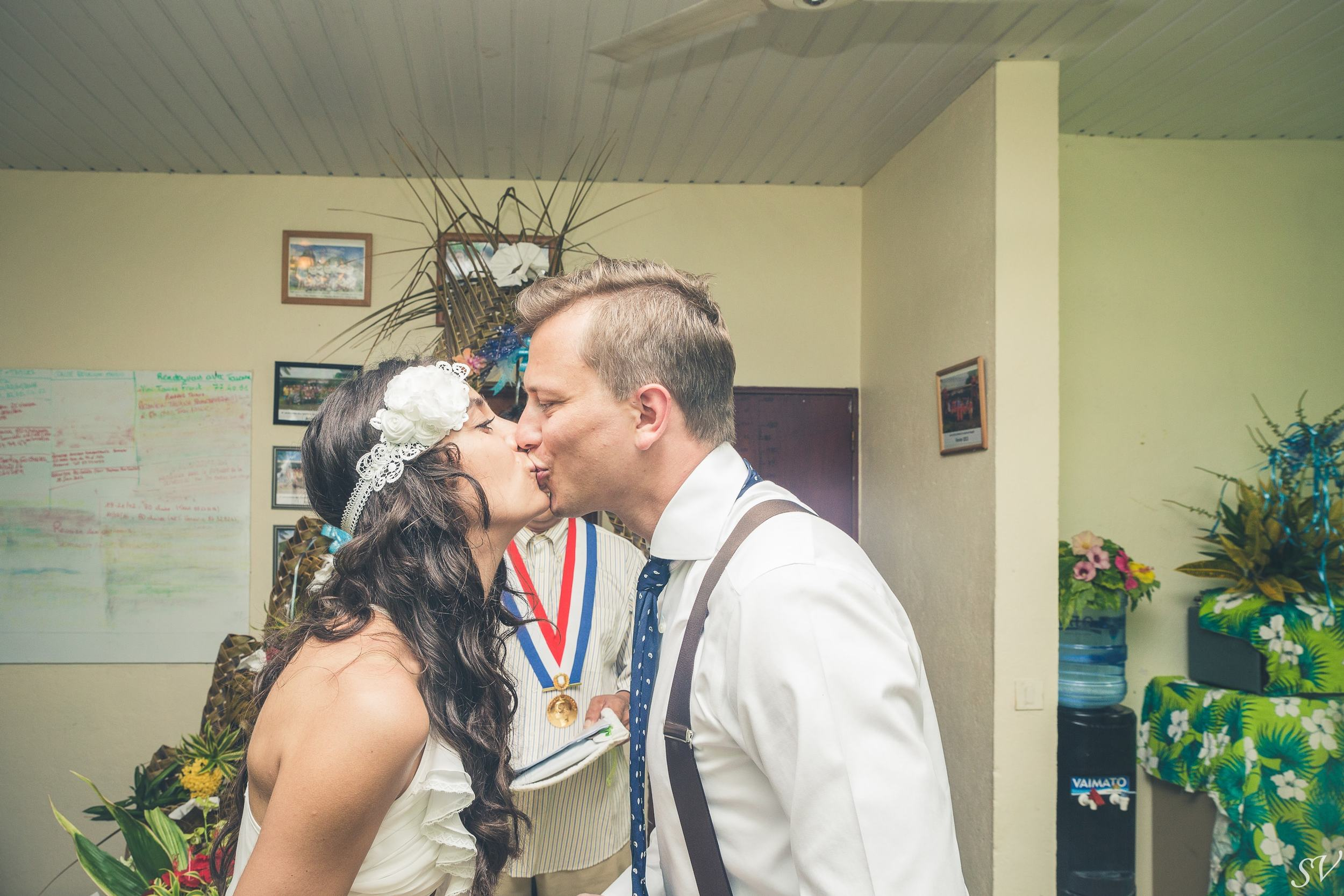 First married kissing