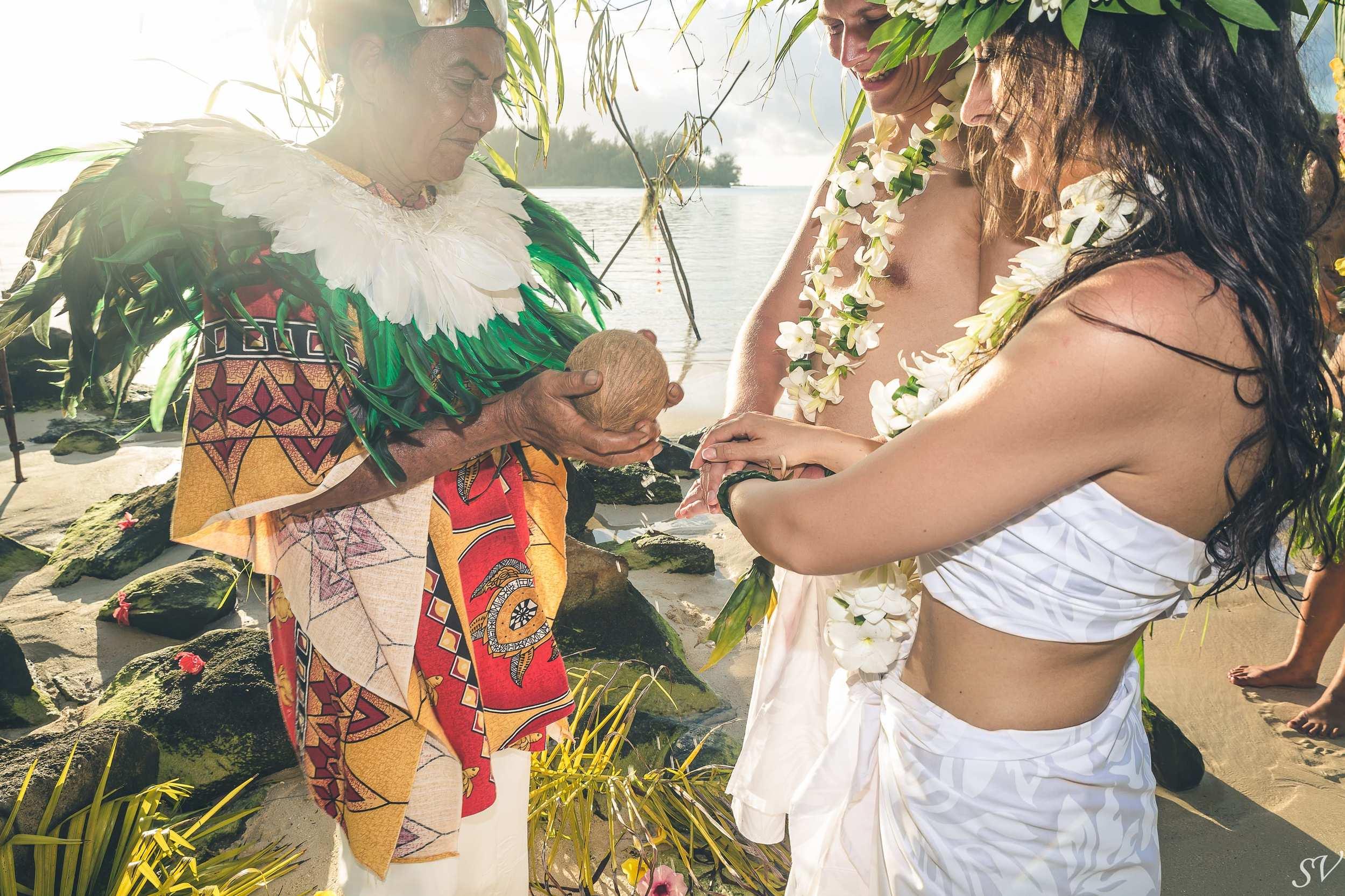 Destination Wedding in Moorea, French Polynesia, Tahiti