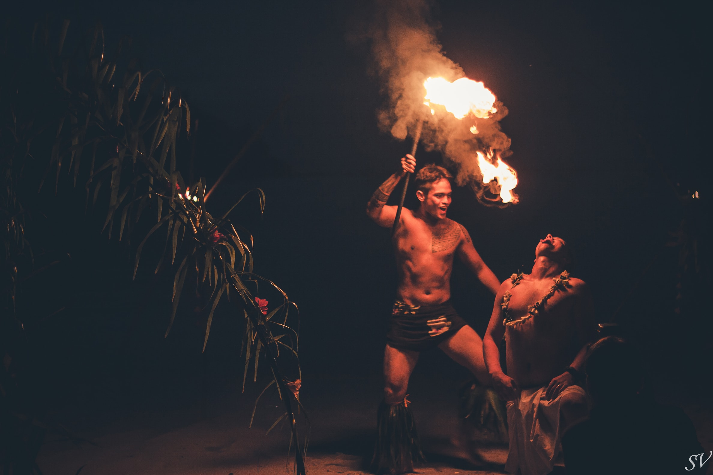 Fire try in the mouth of the groom