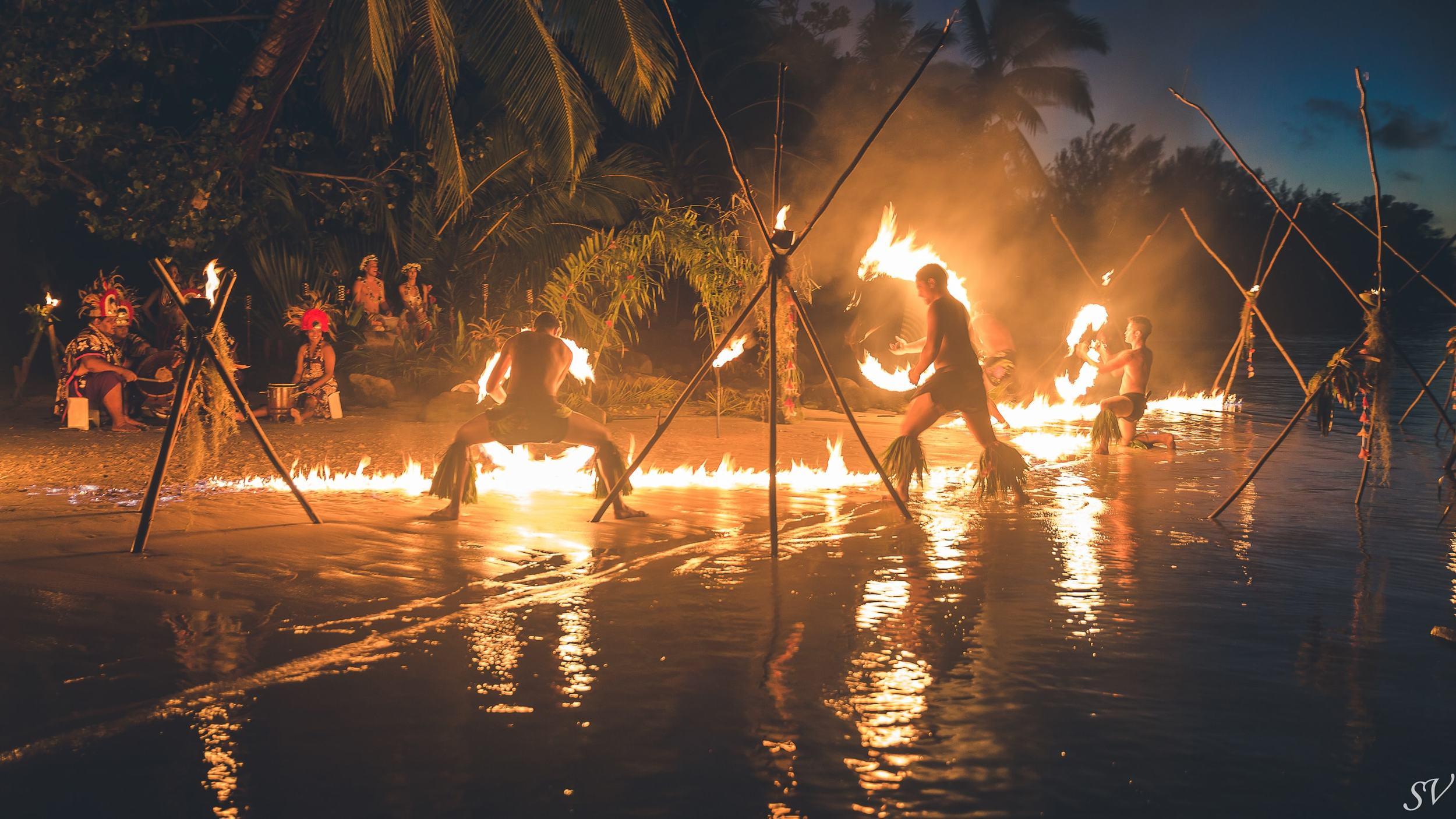 Fire dancing during an elopement in Moorea
