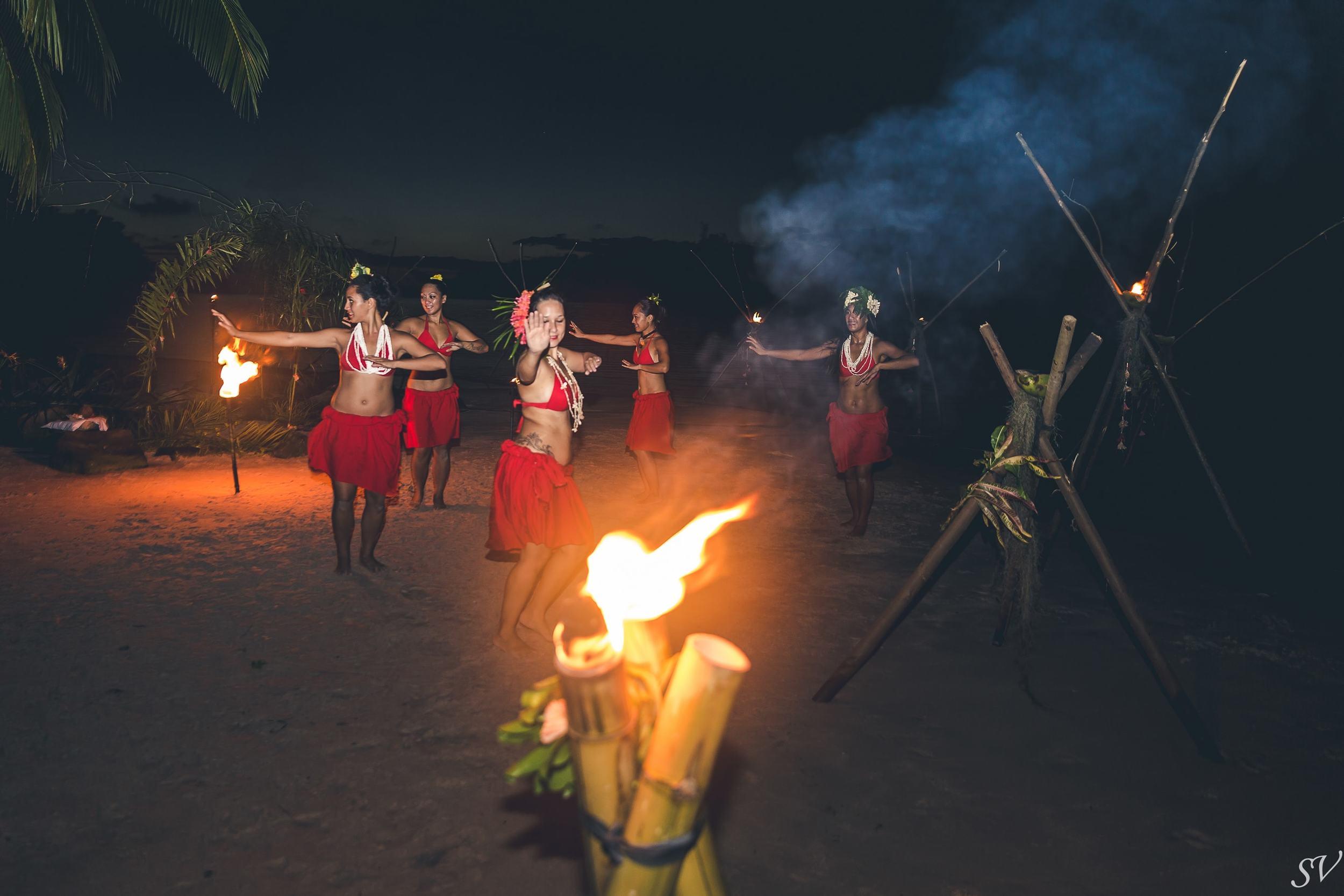 Fire dance show in Moorea