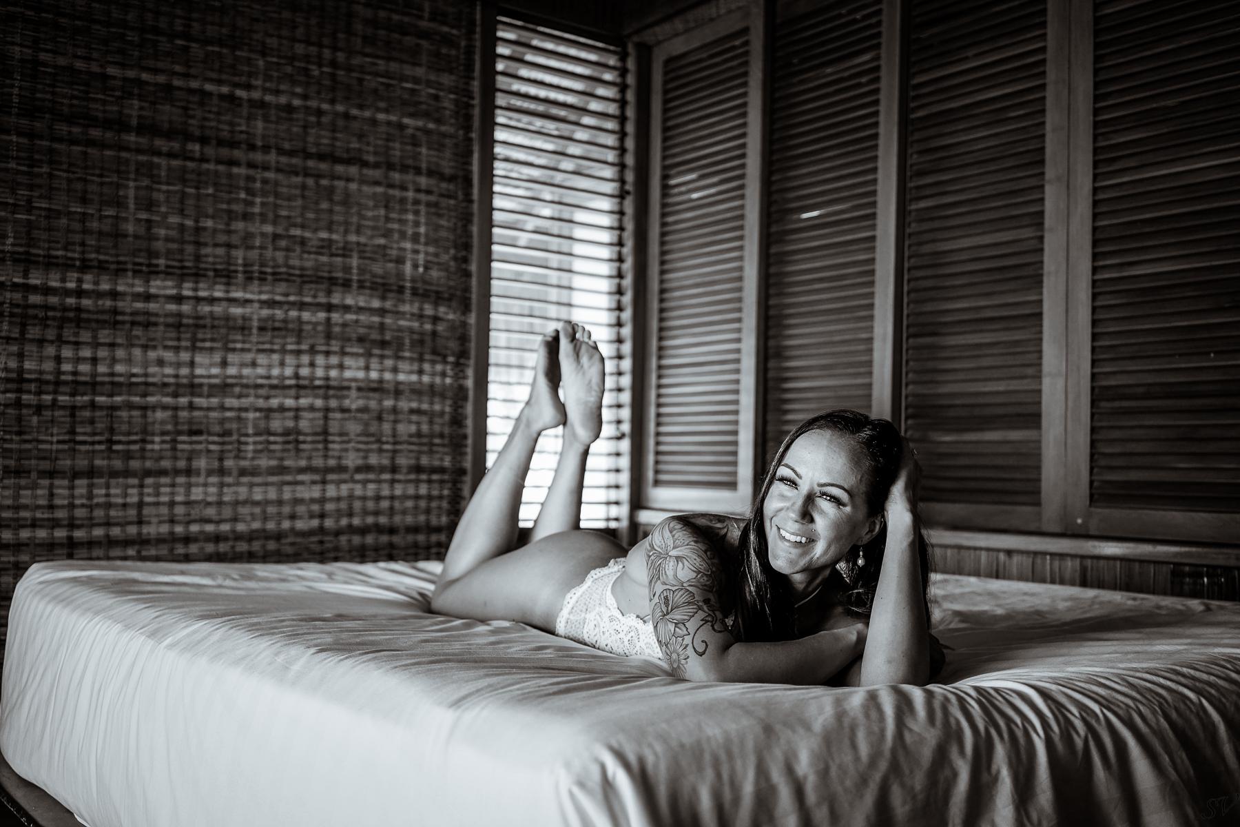 meg - boudoir-11.jpg
