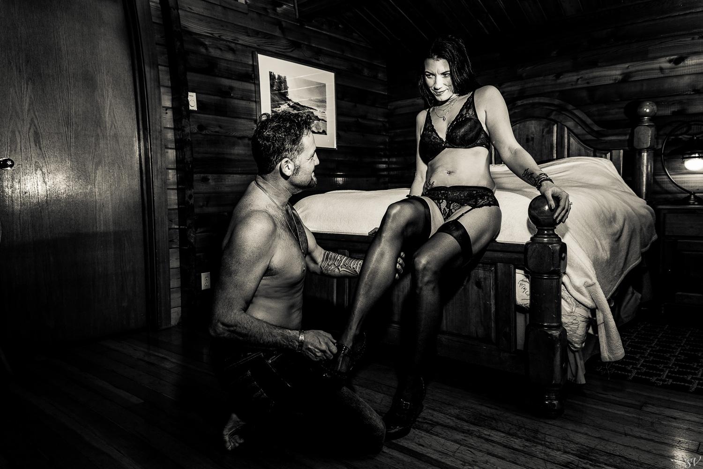 Boudoir photo session as couple
