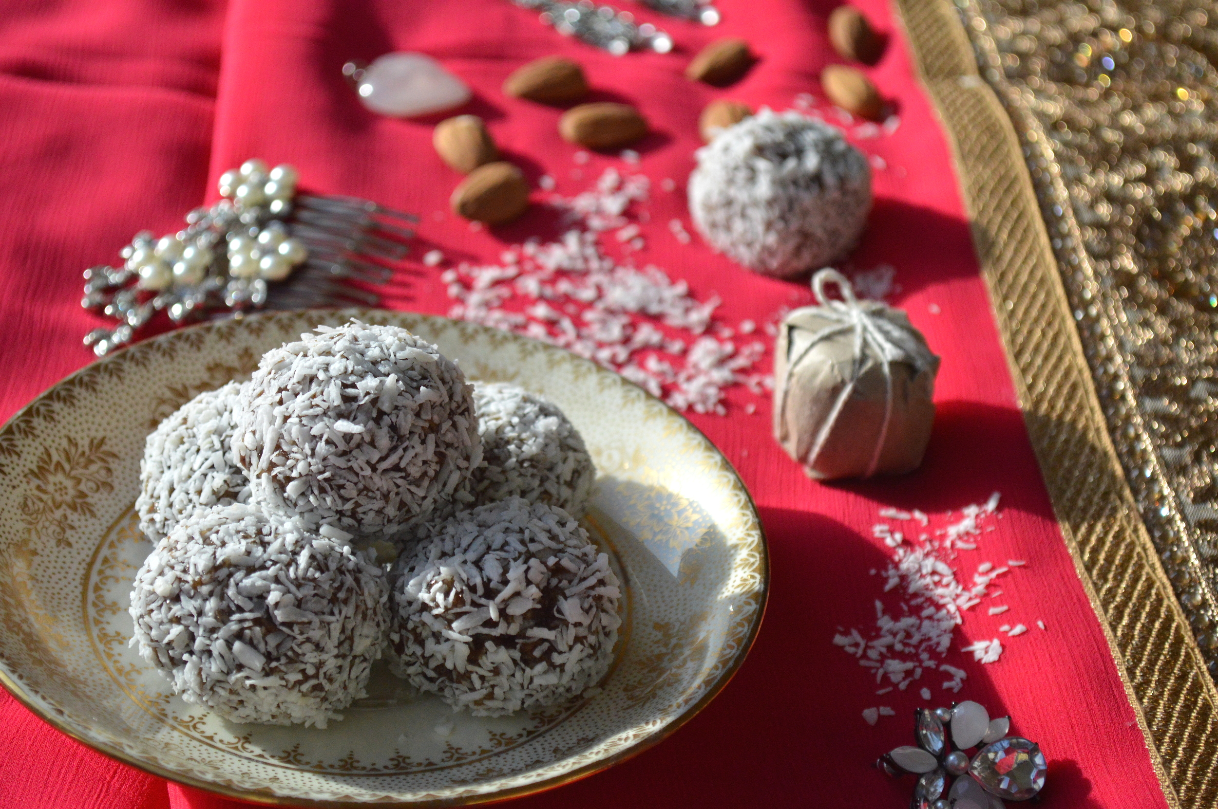 dry fruit laddoo, energy ball, healthy, onelifetwoways, south indian, vegan, recipe