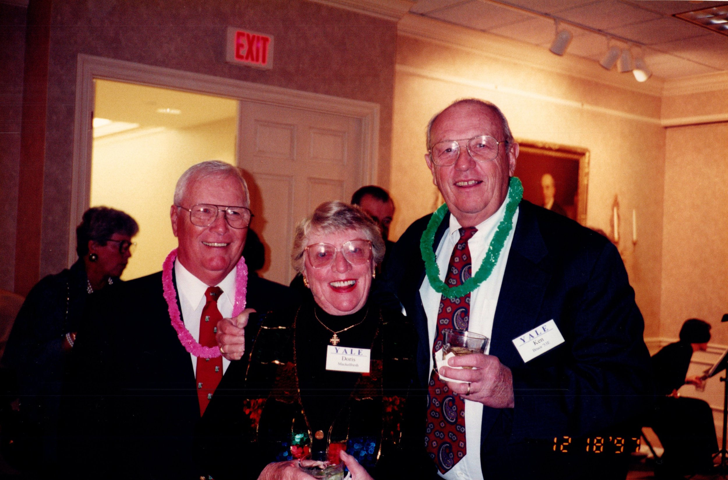 TOM MACKELFRESH '51, DORIS MACKELFRESH, KEN BRUCE '53E