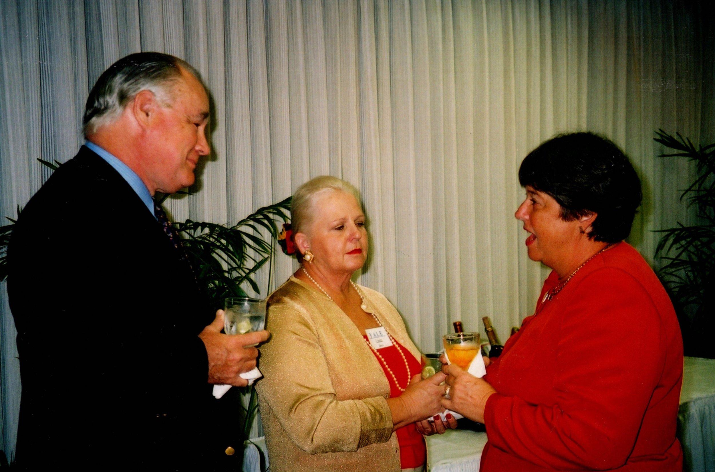 LINDA AND JIM CARTHAUS '62, GEORGIE FOSTER