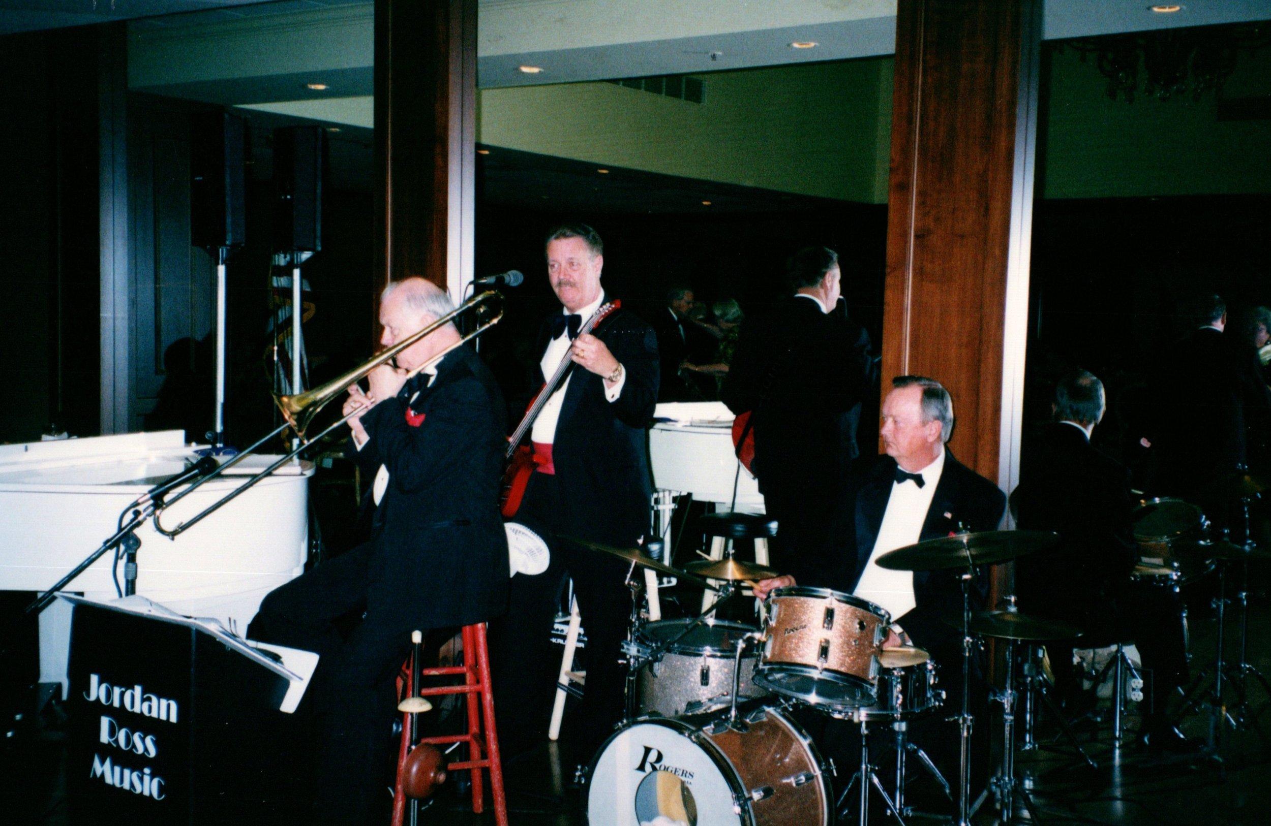2_11_2002 - HYP DINNER DANCE - VINEYARD COUNTRY CLUB 17.jpg