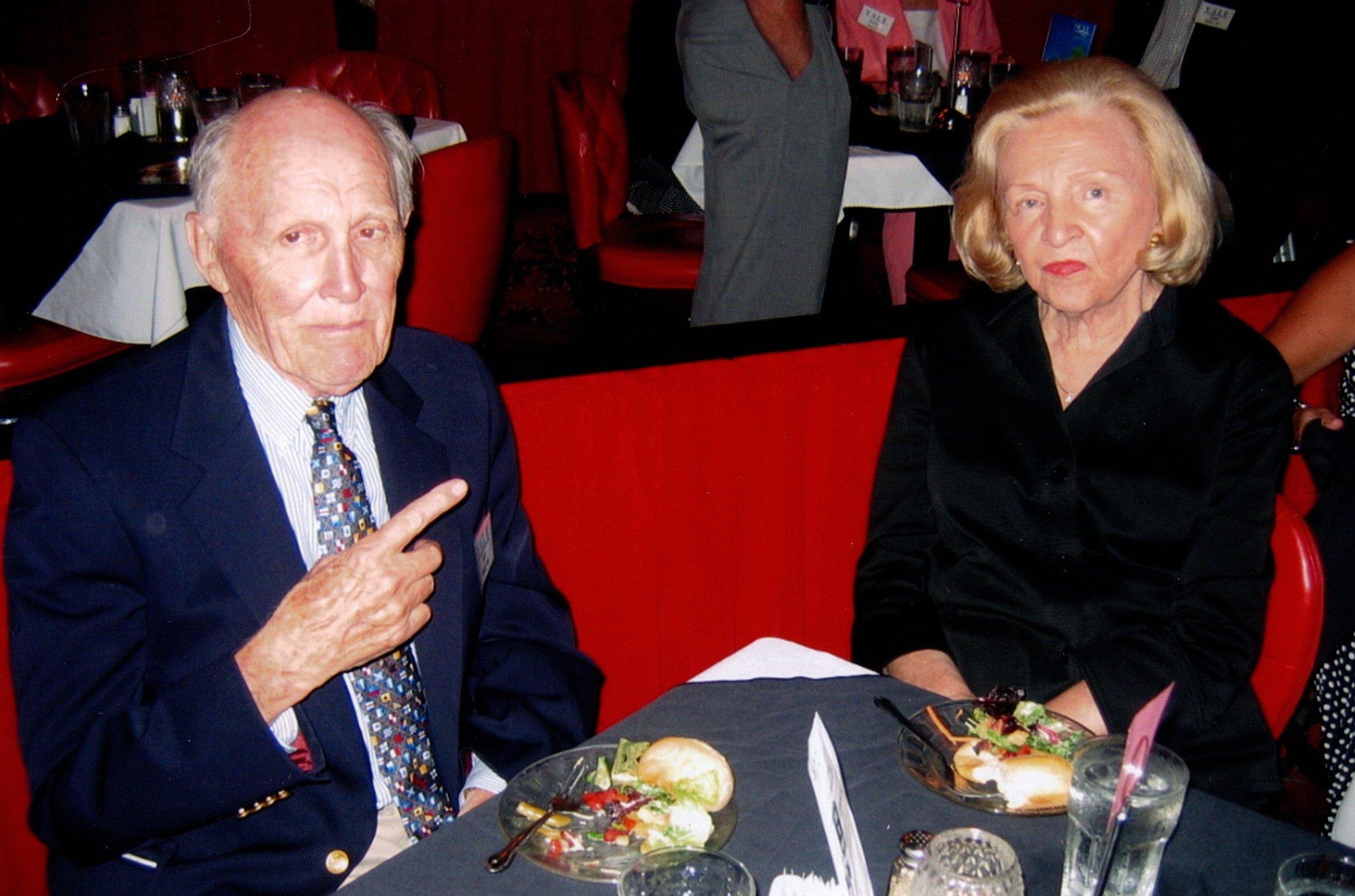 4_5_2007 - NAPLES DINNER THEATER 6.jpg