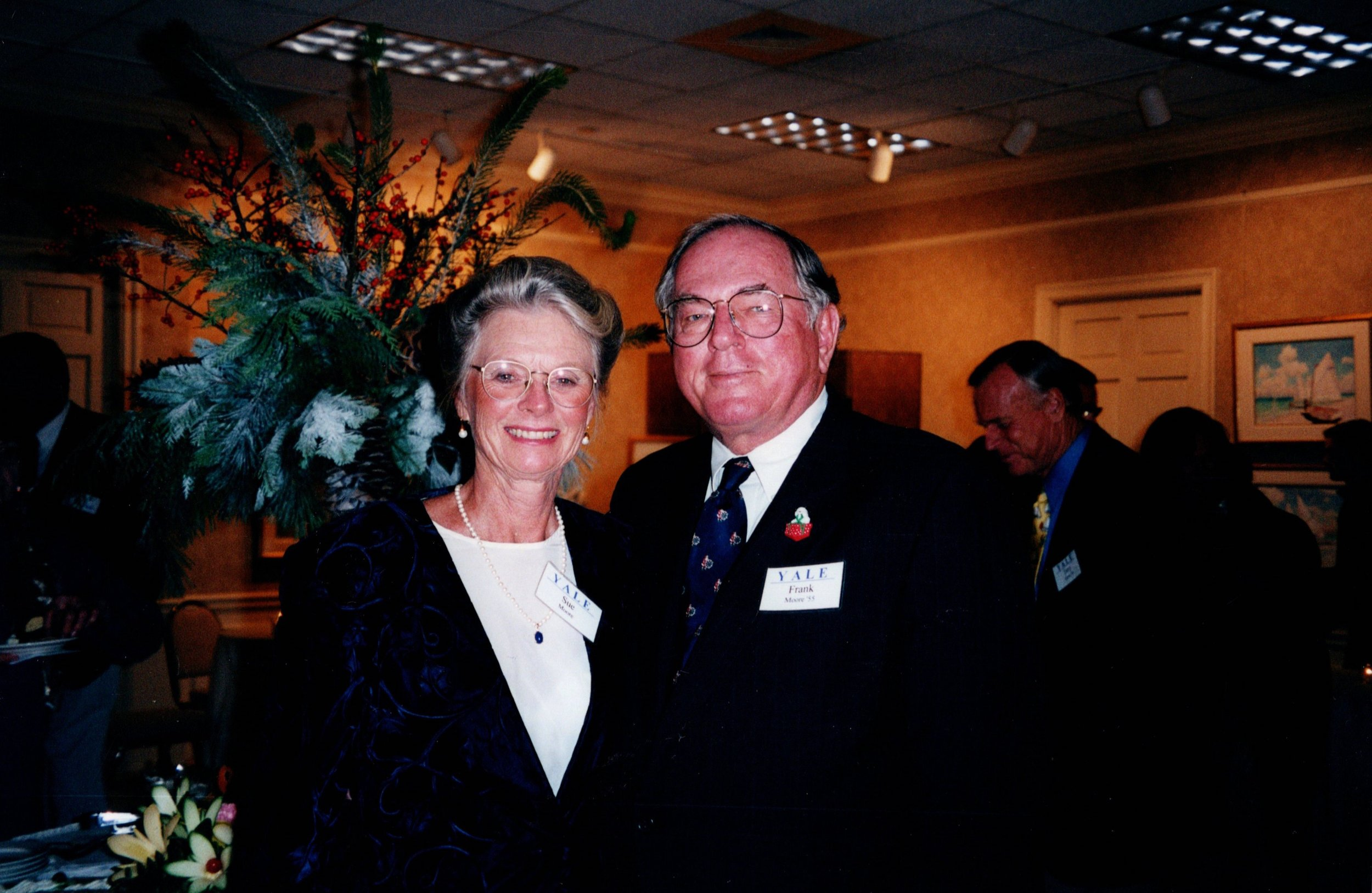 SUE AND FRANK MOORE