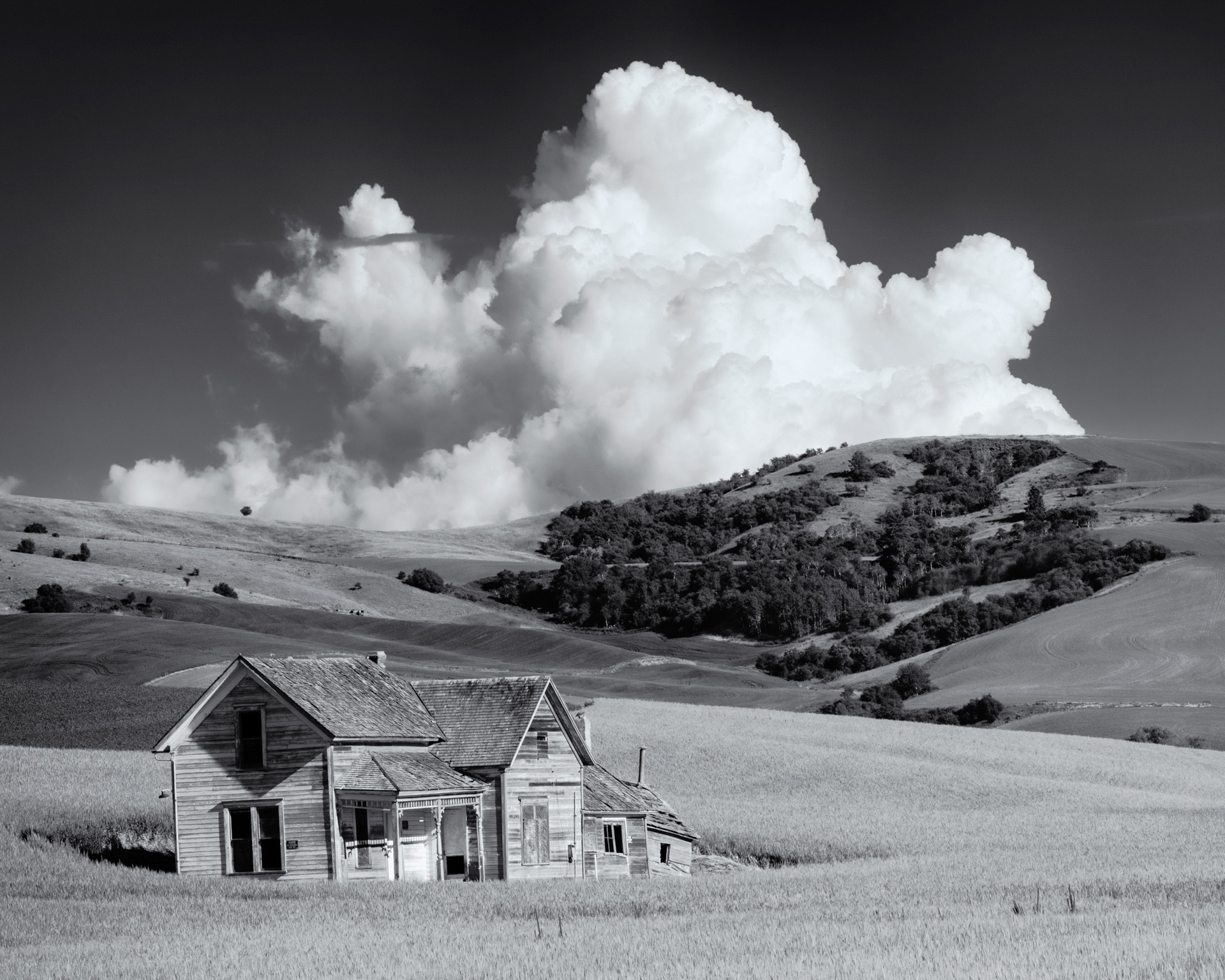 Abandoned Farm House and Cloud, Easter Washington