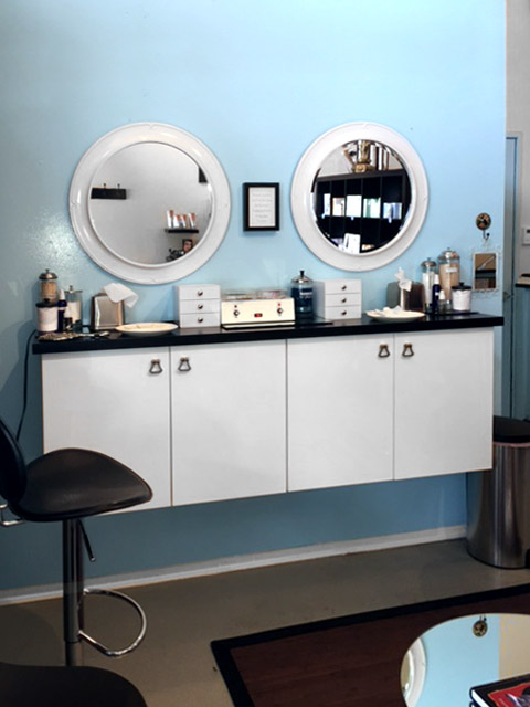 Cosmetics Bar
