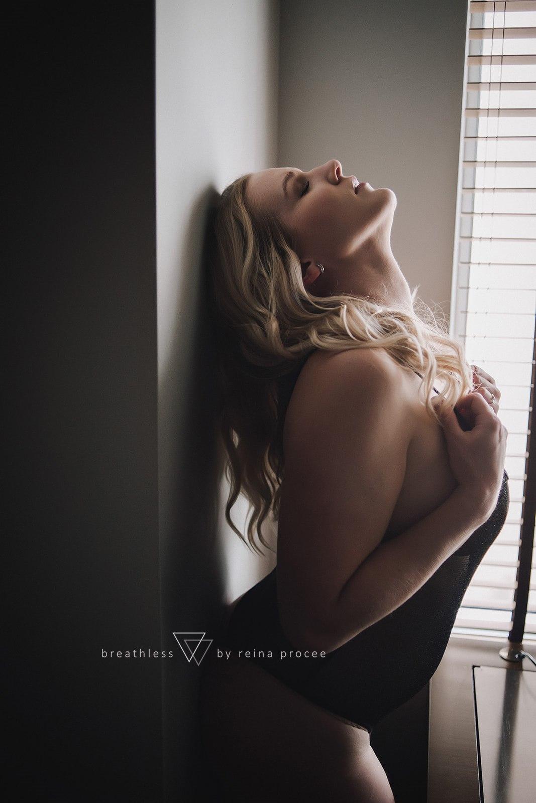 boudoir-photo-shoot-montreal-44.jpg