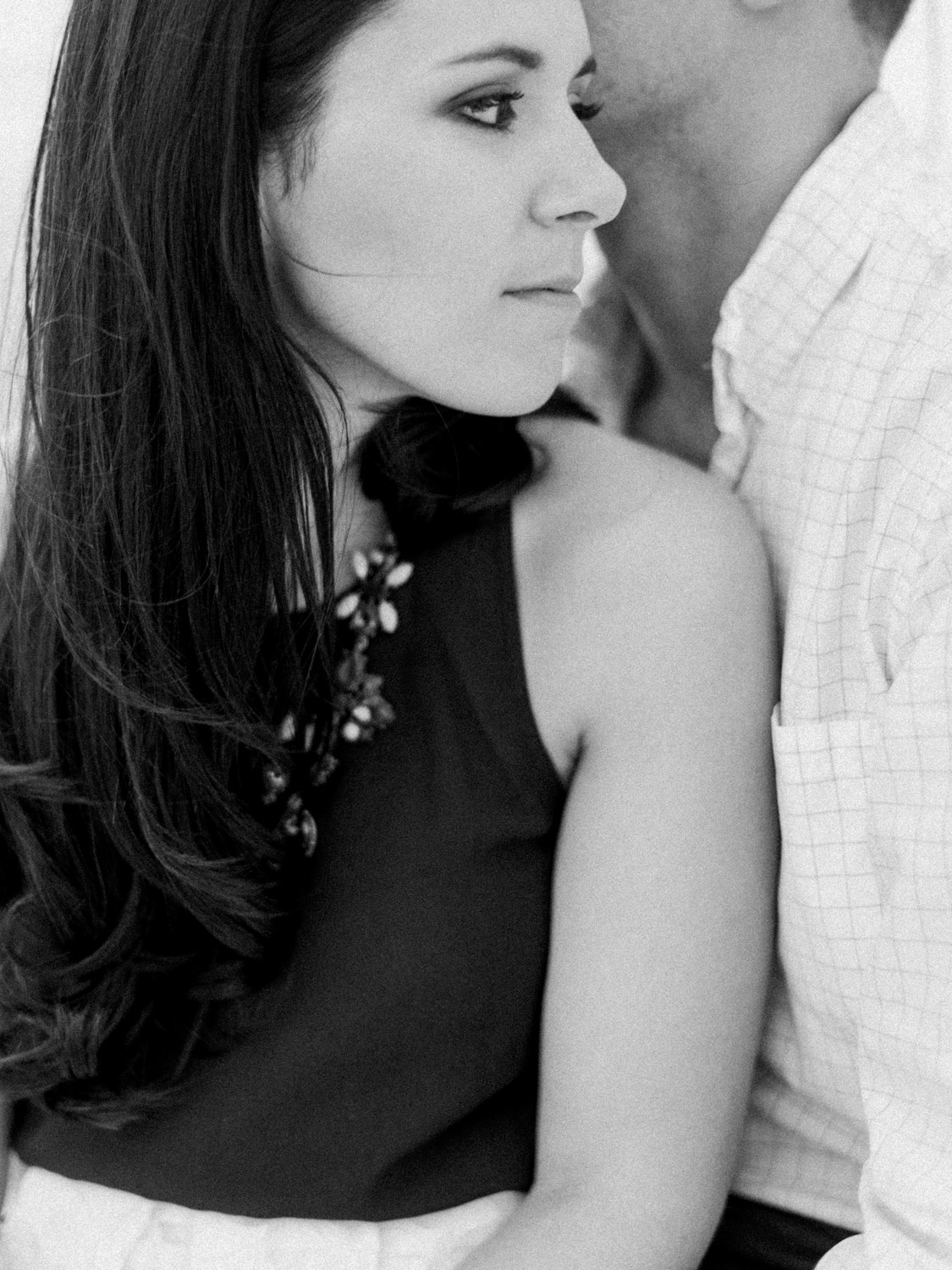 KNS_Megan_Court_Sailboat_Engagament_Photography-2.jpg
