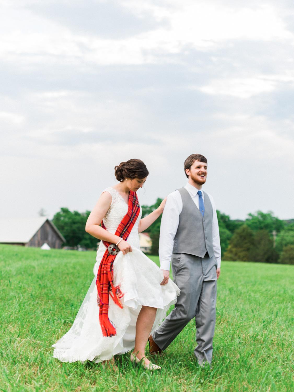 Lynchburg Virginia | Sorella Farms | Charlottesville Virginia | Wedding Photographer | Kelsey & Nate | kelseyandnate.com | Scottish Wedding | Red Tartan |