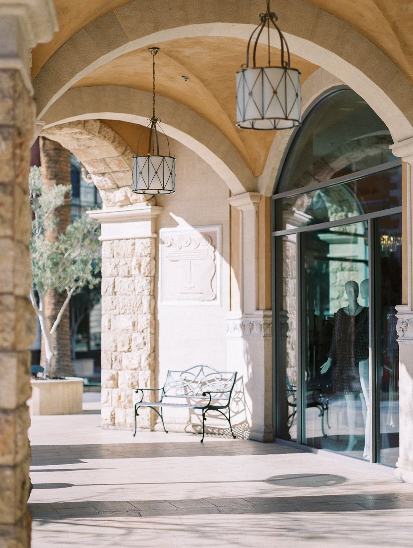 Las Vegas Nevada   Coffee Shop Engagement   Leoné Café   Tivoli Village   Kelsey & Nate   kelseyandnate.com