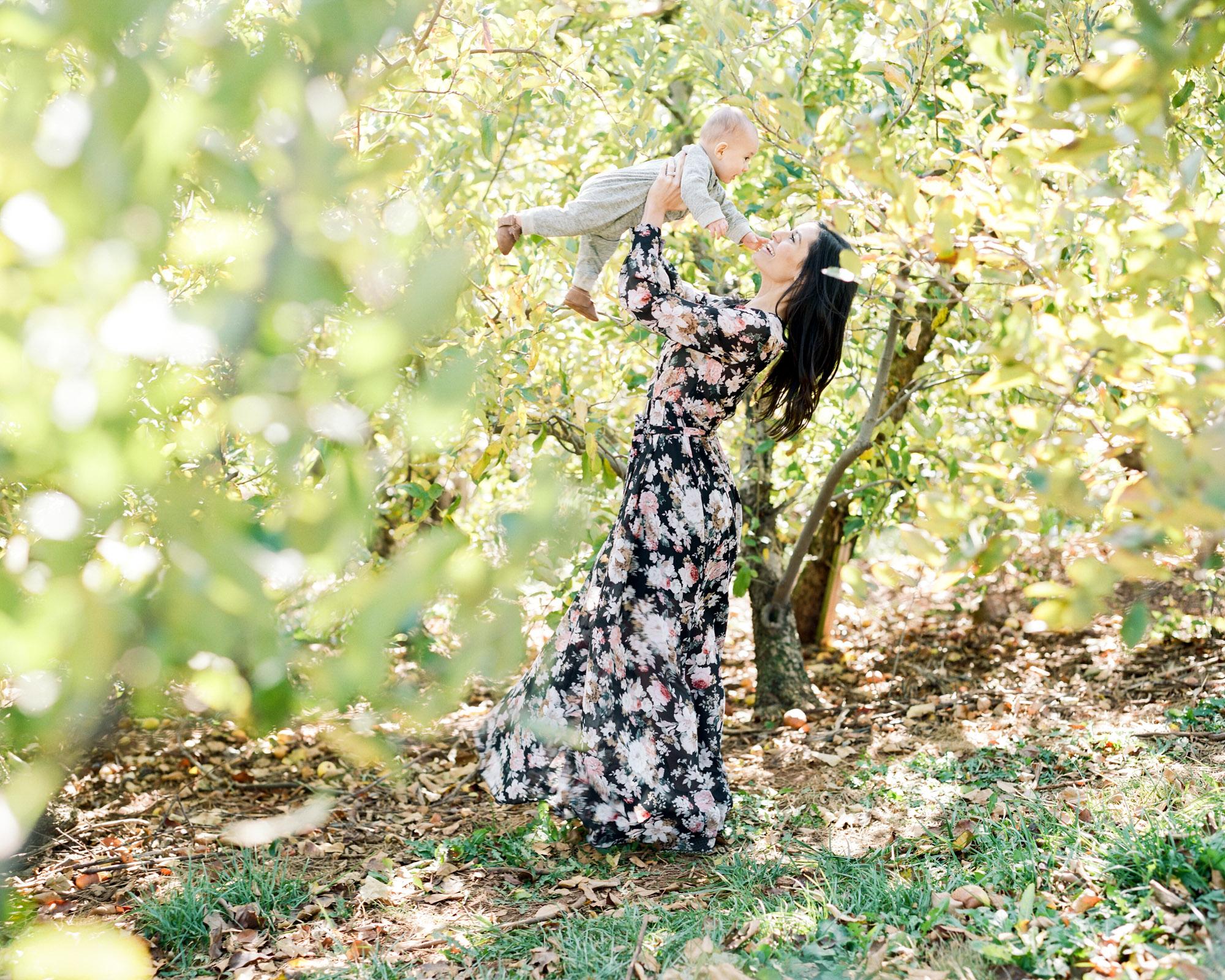 Charlottesville_Charlotte_North_Carolina_Richmond_Virginia_Family_Wedding_Film_Photographer-11.jpg