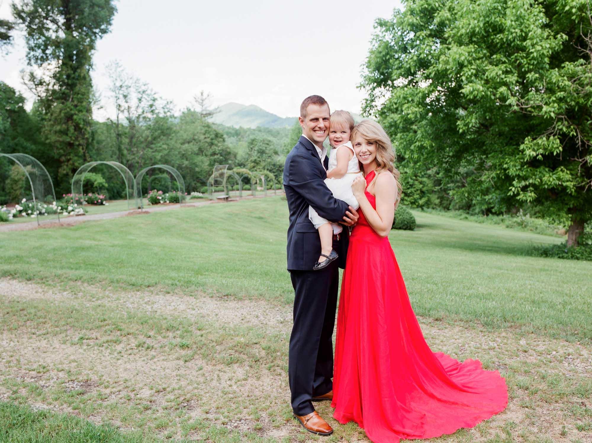 charlotte_lynchburg_film_family_wedding_photographer-28.jpg