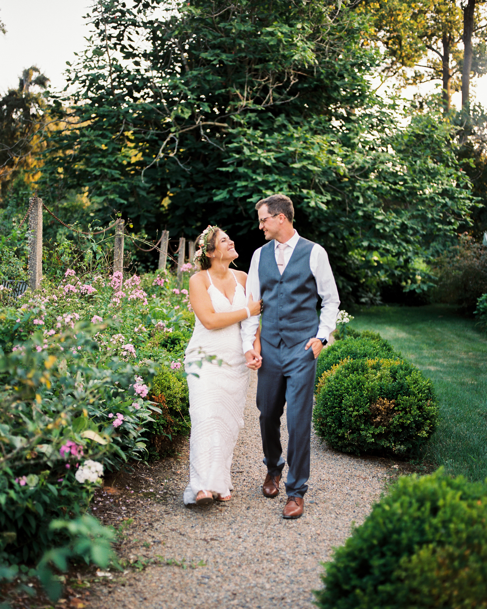 film-wedding-family-photographer-charlotte-carriage-house-rockwood-park-wilmington-delaware-43.jpg