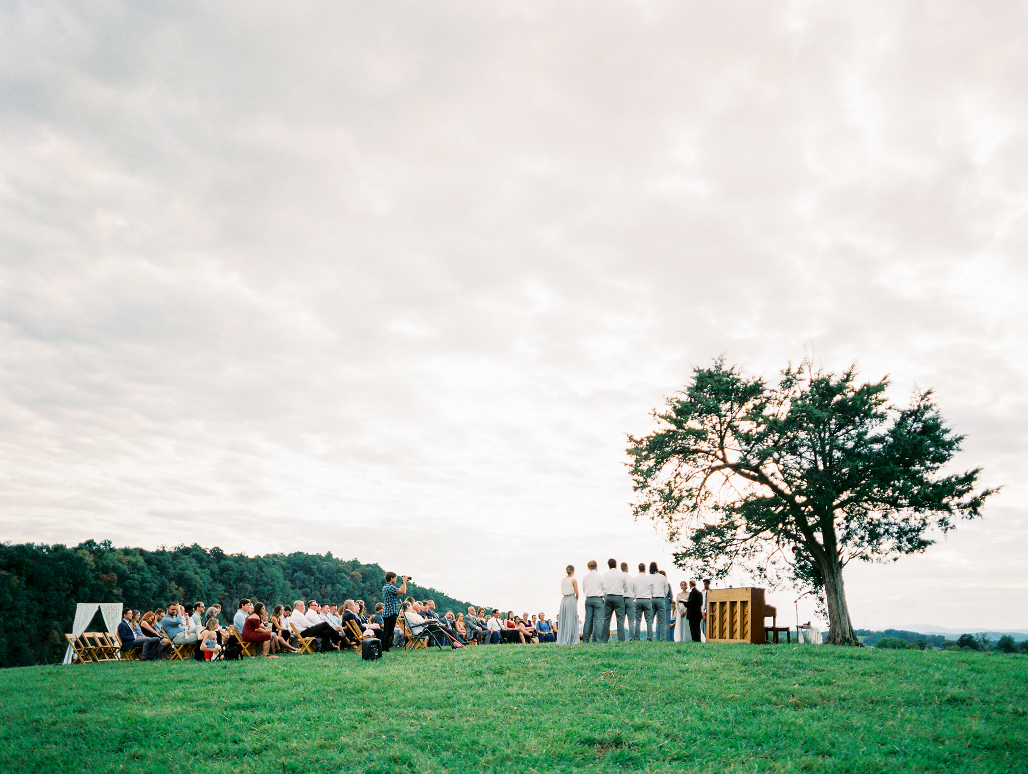 Charlotte-Film-Wedding_Photographer-heartstone-lodge-virginia-18.jpg