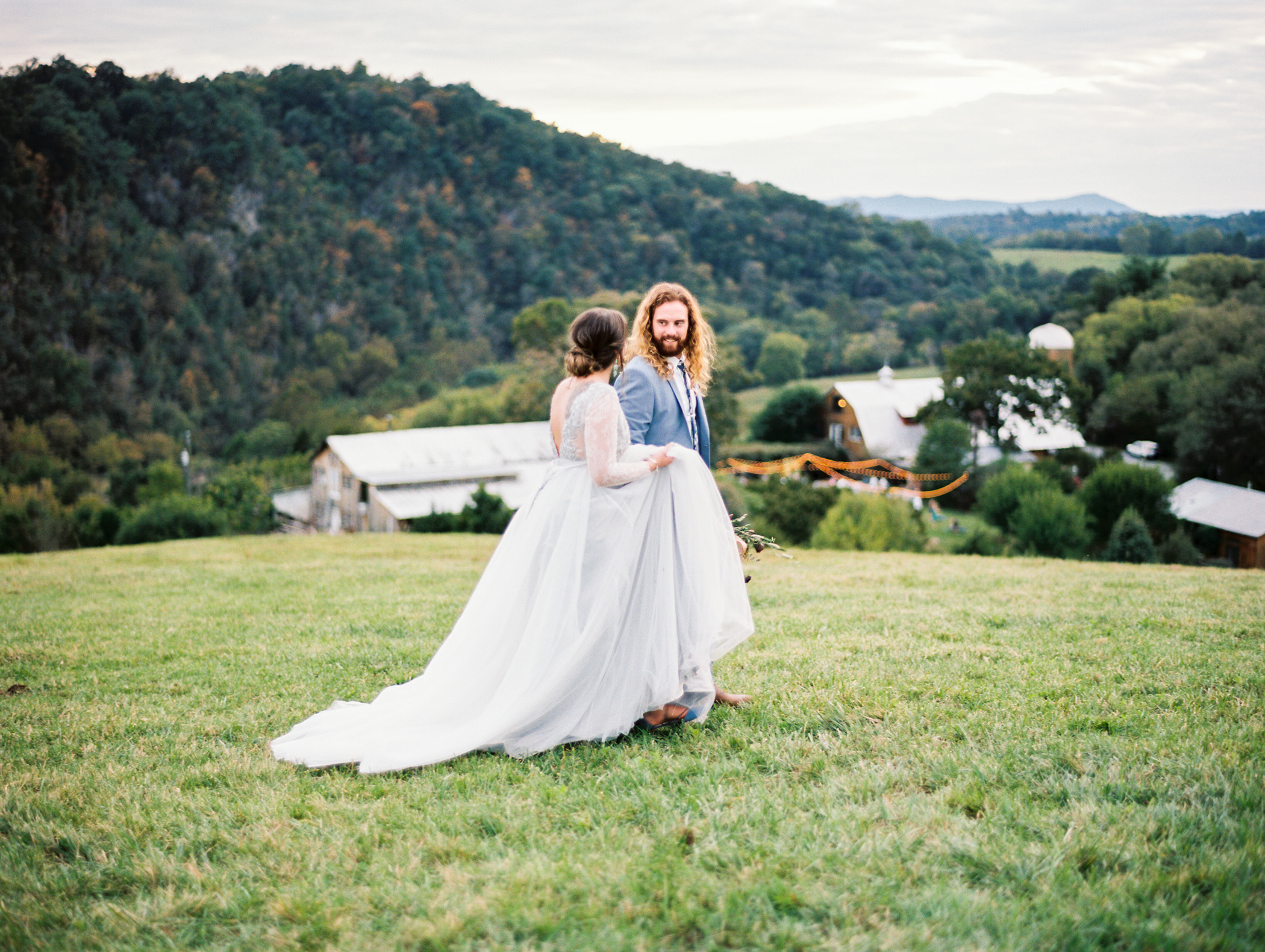 Charlotte-Film-Wedding_Photographer-heartstone-lodge-virginia-37.jpg