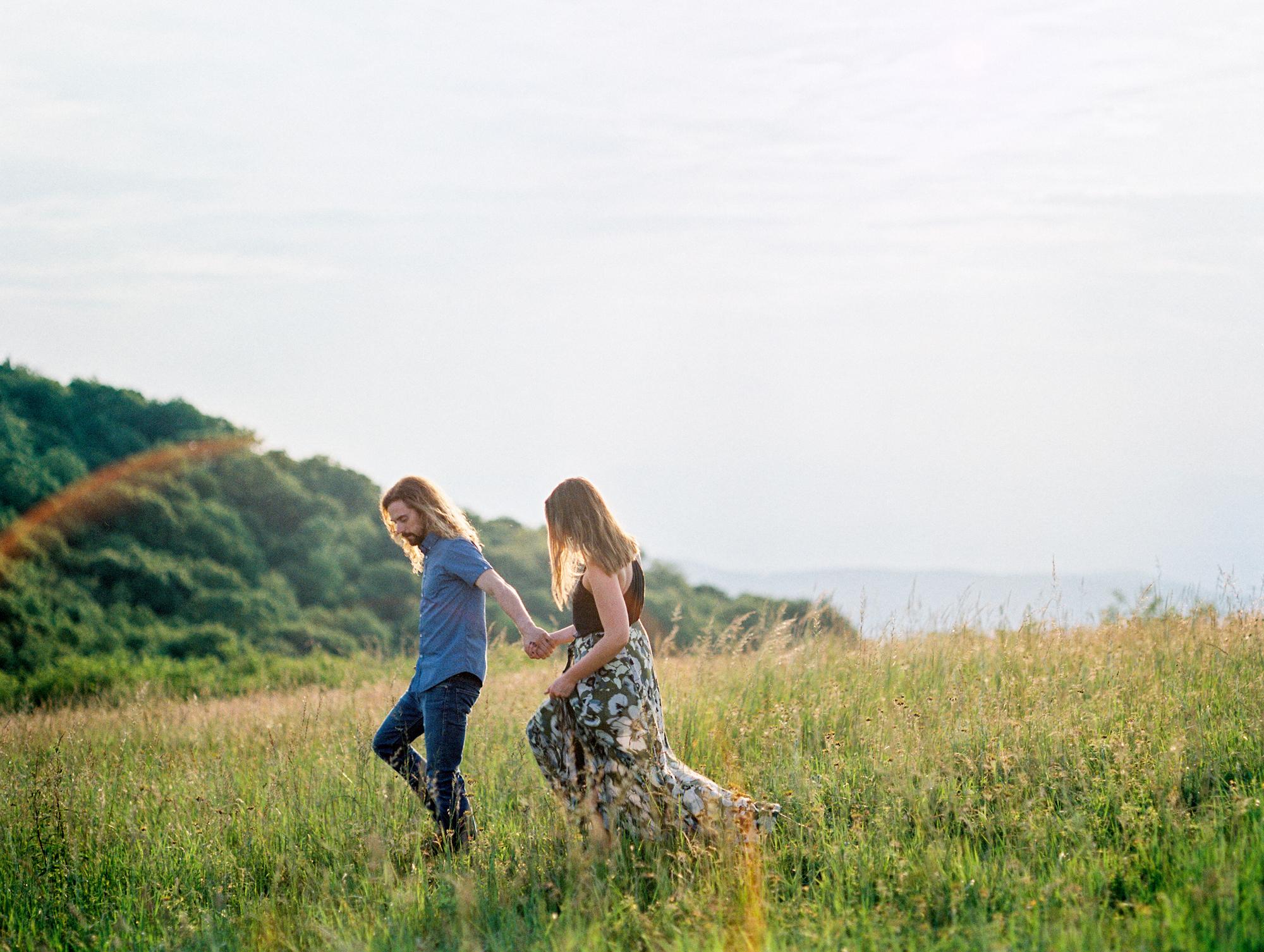 Blue-ridge-mountains-film-wedding-charlottesville-photographer-15.jpg