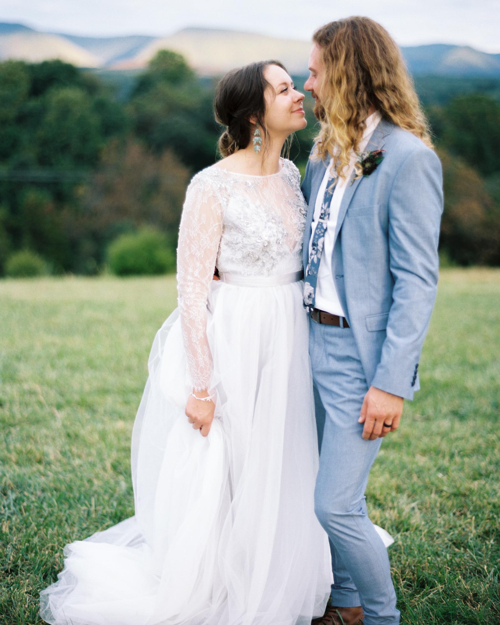 Charlotte-Film-Wedding_Photographer-heartstone-lodge-virginia-35.jpg