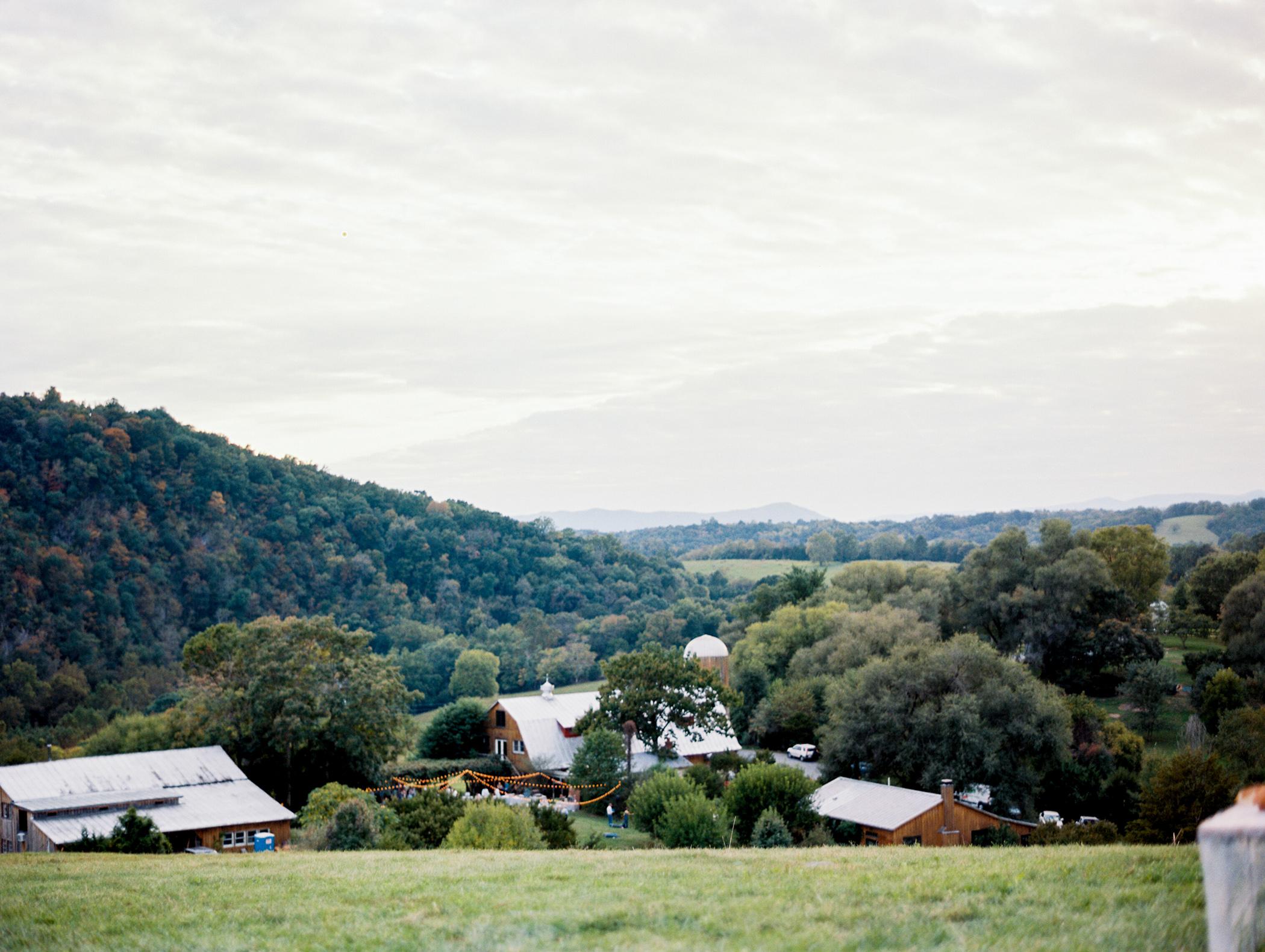 Intimate Heartstone Lodge Mountain Wedding