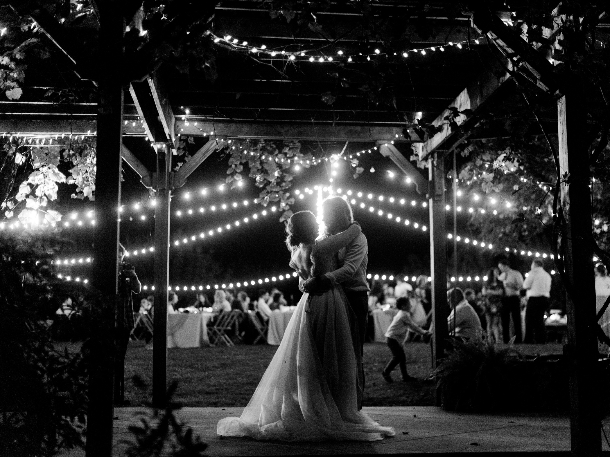 Charlotte-Film-Wedding_Photographer-heartstone-lodge-virginia-53.jpg