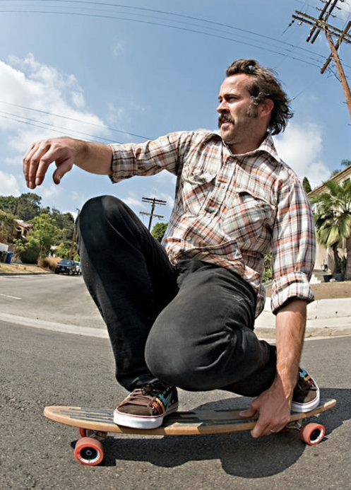 Jason Lee getting back to his roots.