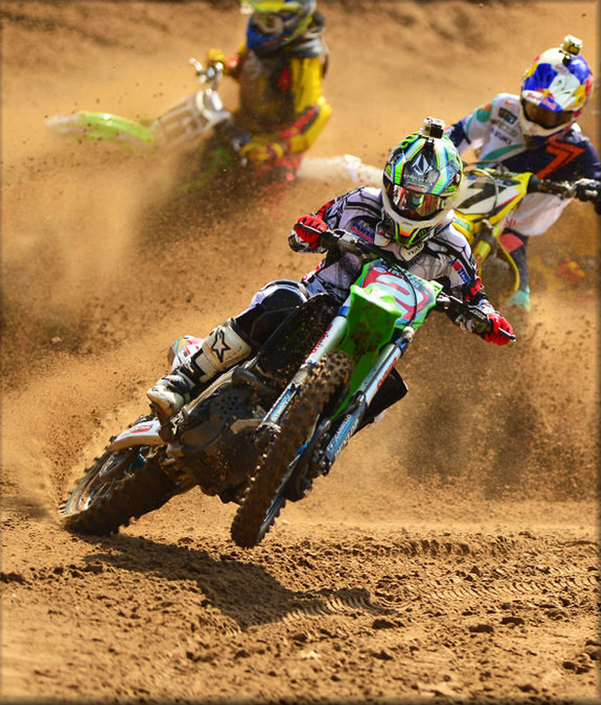 Ryan Villopoto punishing his competition. This pic could have been taken at any Outdoor National in 2013. TRUE BEAST!