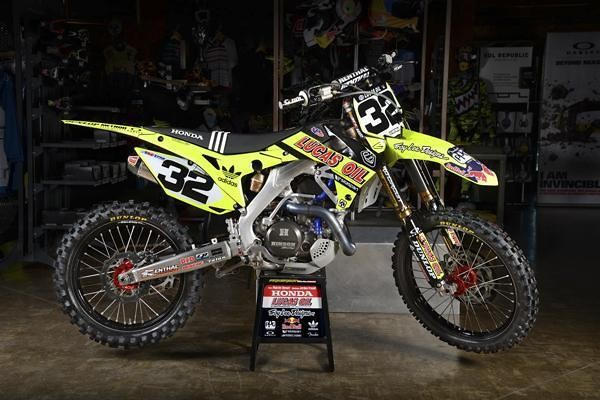 Troy Lee have gone neon this weekend for Washougal..!