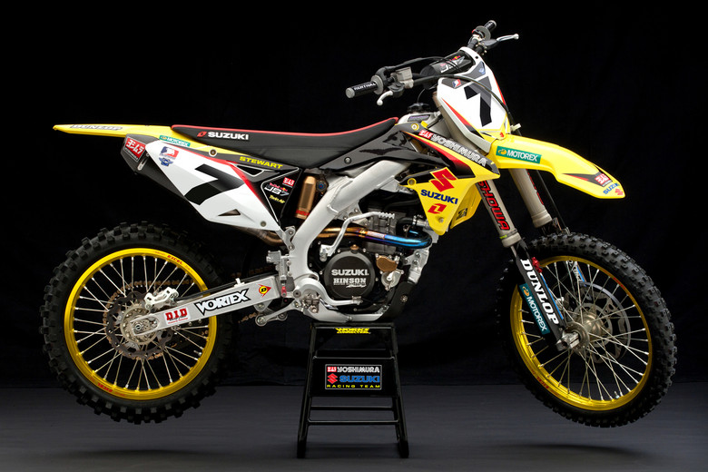 I'm banned from posting any James Stewart content (Reed fans round here), but damn, his controversial new Suzuki steed is looking very tasty.