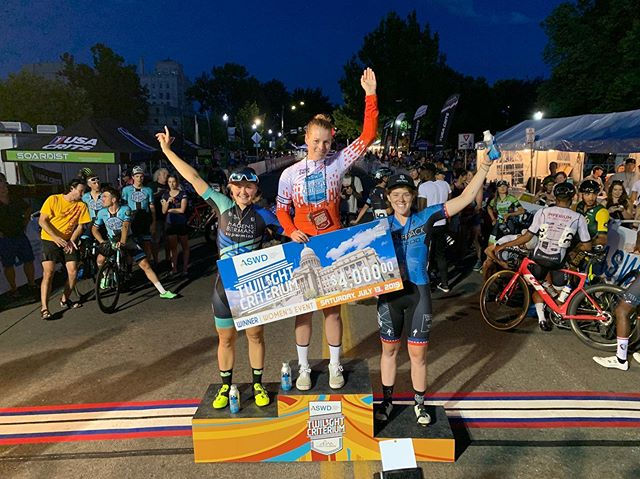 We did hometown hero @lizacoach proud today. After the team put on quite a show @harrieto93 took second on the night, we still lead the overall, lap leader and the team is overall in the @usacrits series. Tough work by Harriet, @laganzar @thedirtfield @starlat @willy_lilliams and Liza out there with @whit.allison running support. 🤗 ON TO THE NEXT ONE! 🎉🎉🎉