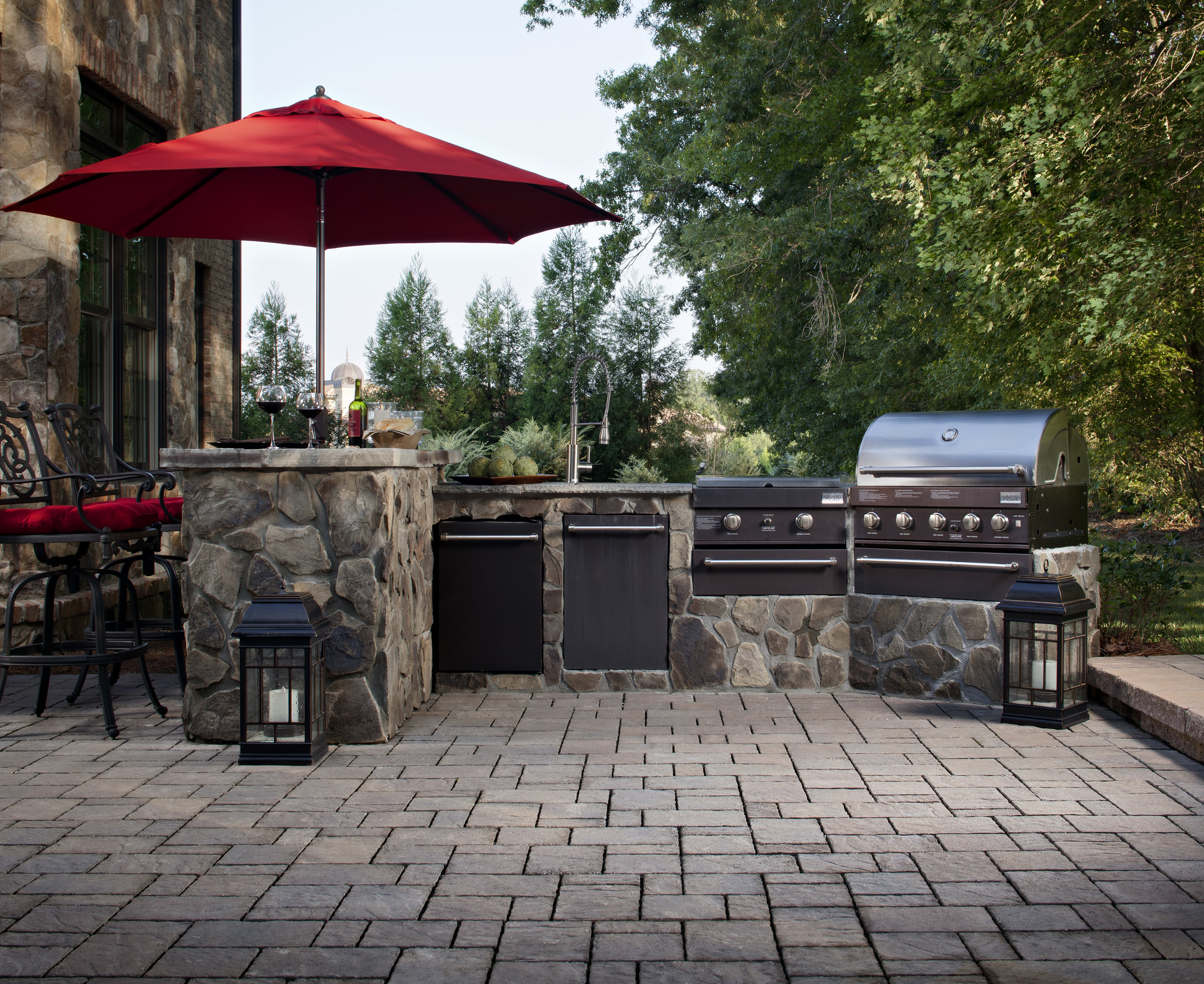 outdoor kitchen bbq dining patio landscape design backyard