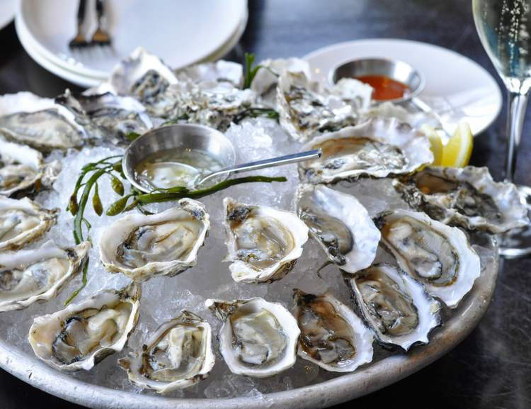 ONE OF MANY OYSTER PLATTERS FROM WATERBAR SAN FRANCISCO.