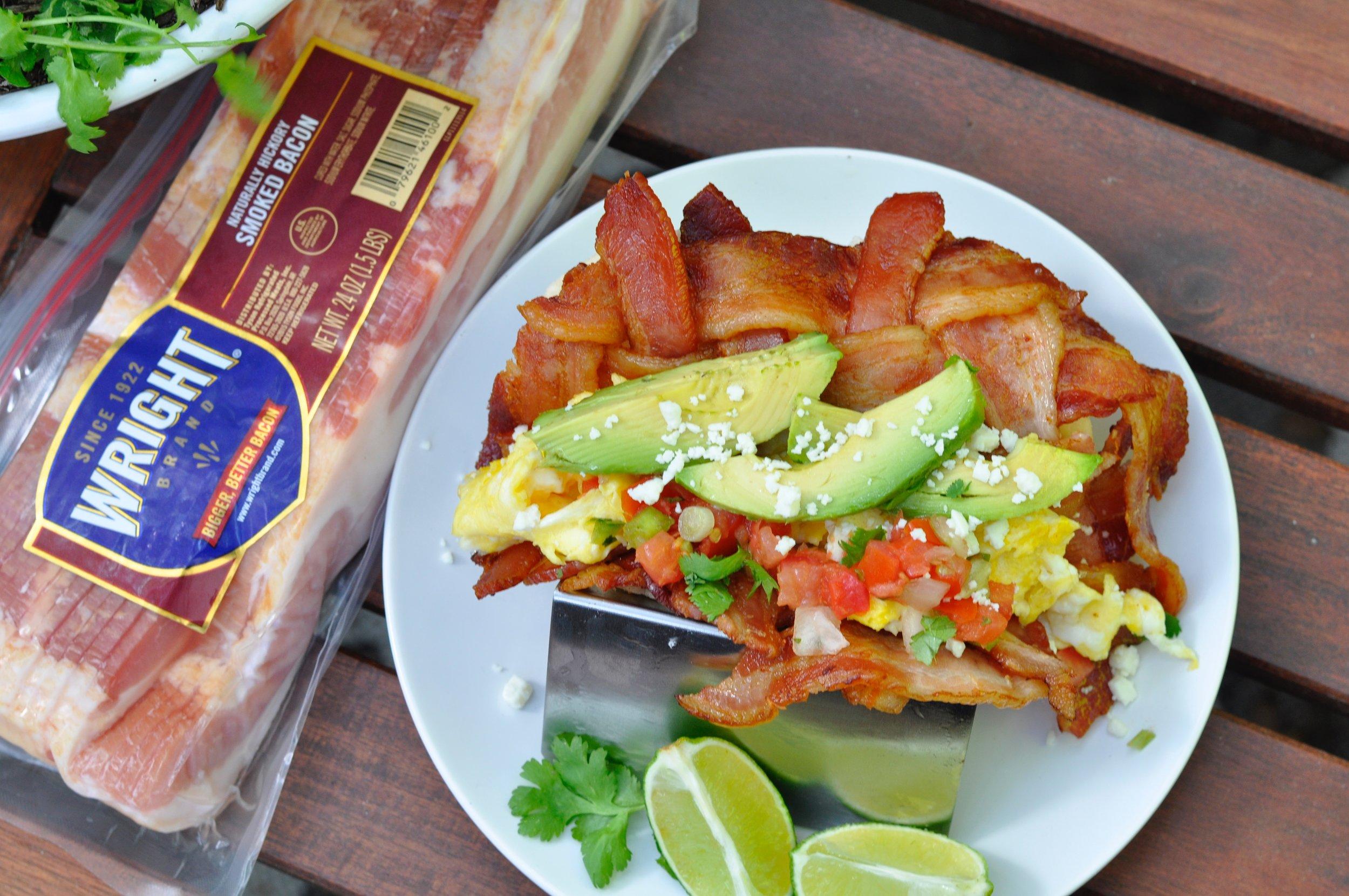 Bacon Breakfast Taco - coupleinthekitchen.com