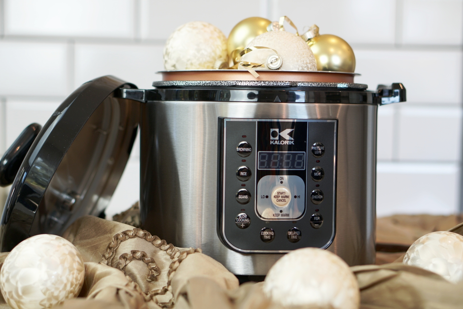 Gift Ideas for Foodies | coupleinthekitchen.com
