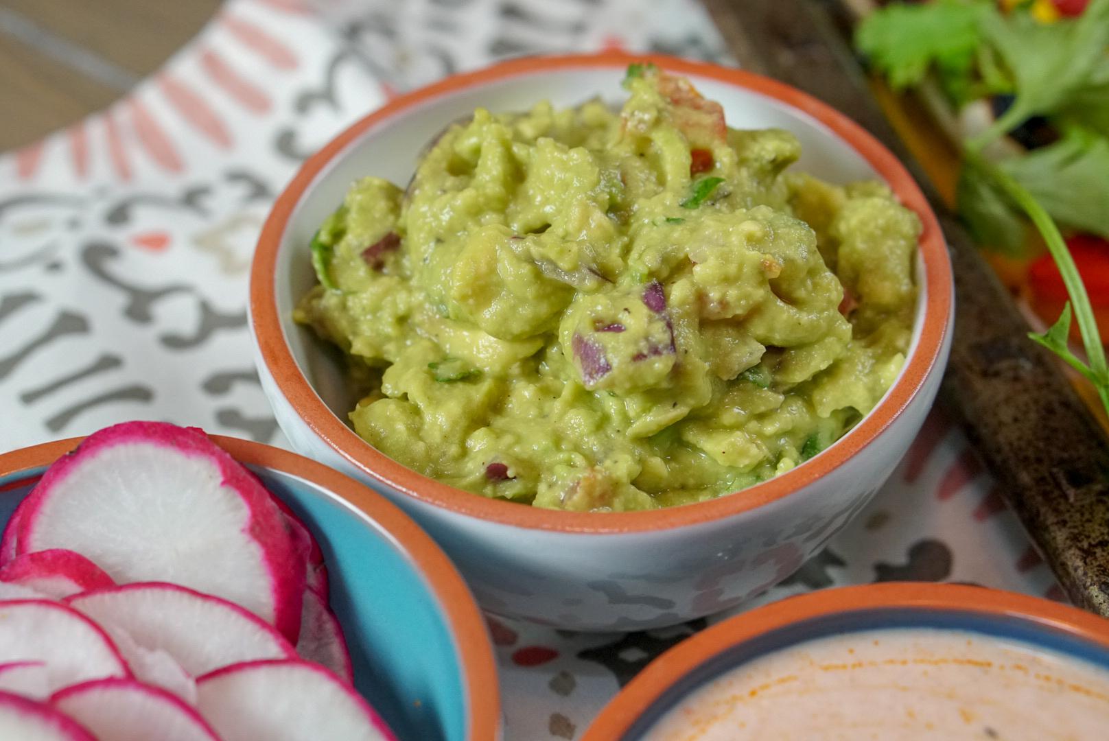 Healthy Lamb Recipe   Easy, Mediterranean Lamb Fajitas   coupleinthekitchen.com