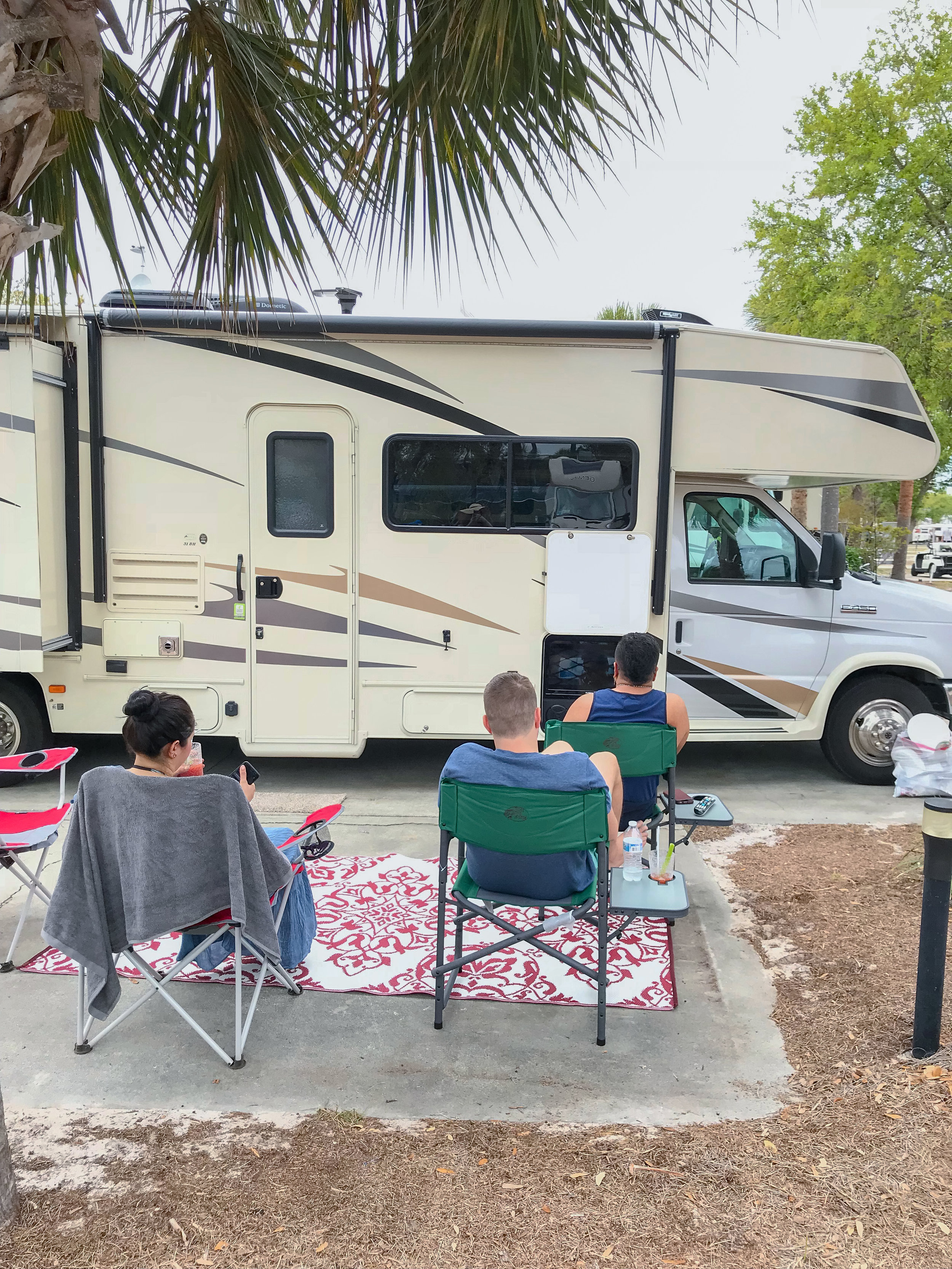 What you need to know before you rent an RV  | coupleinthekitchen.com