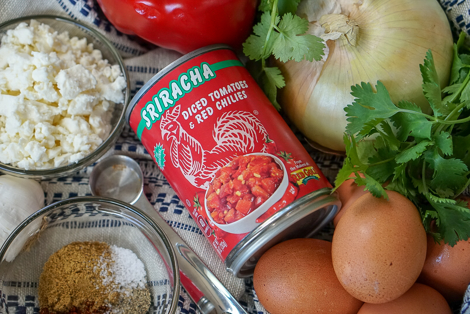Healthy Sriracha Shakshuka - 21 Fix Recipe | coupleinthekitchen.com