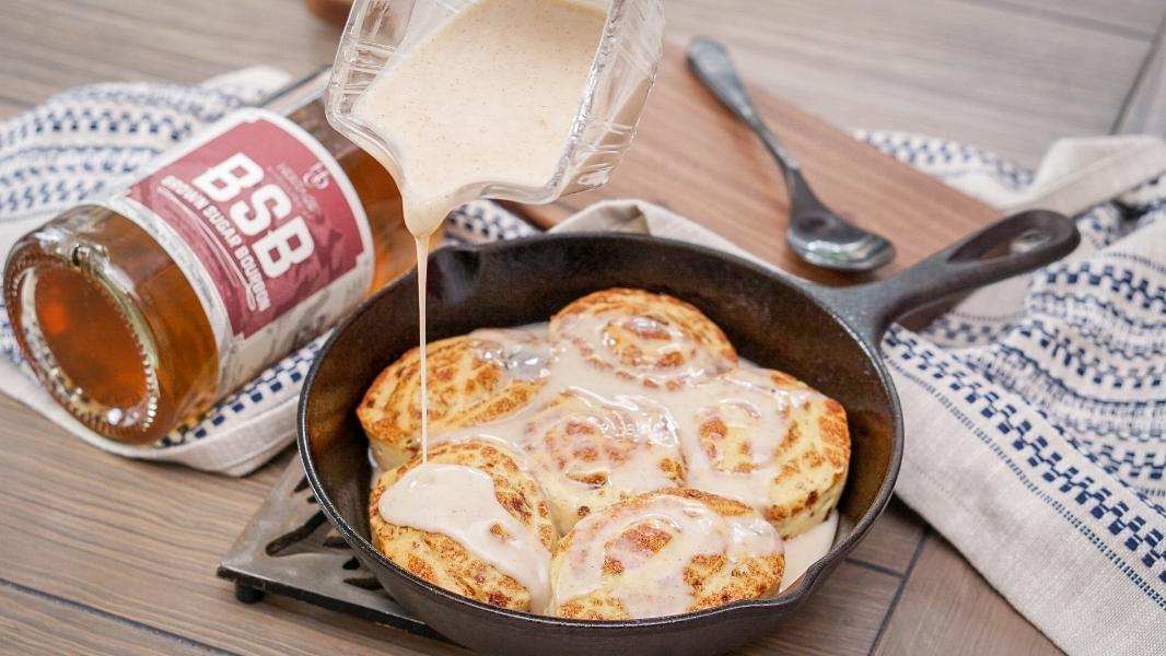 Brown Sugar Bourbon Cake Glaze Icing Recipe | coupleinthekitchen.com