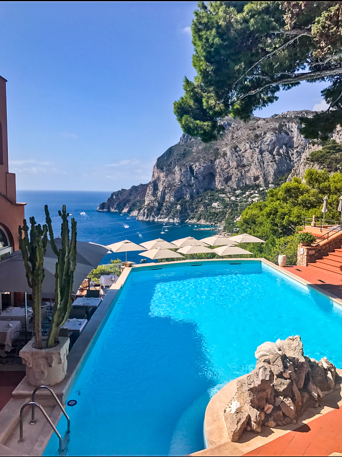 Where to Stay in Capri Italy Amalfi Coast | coupleinthekitchen.com