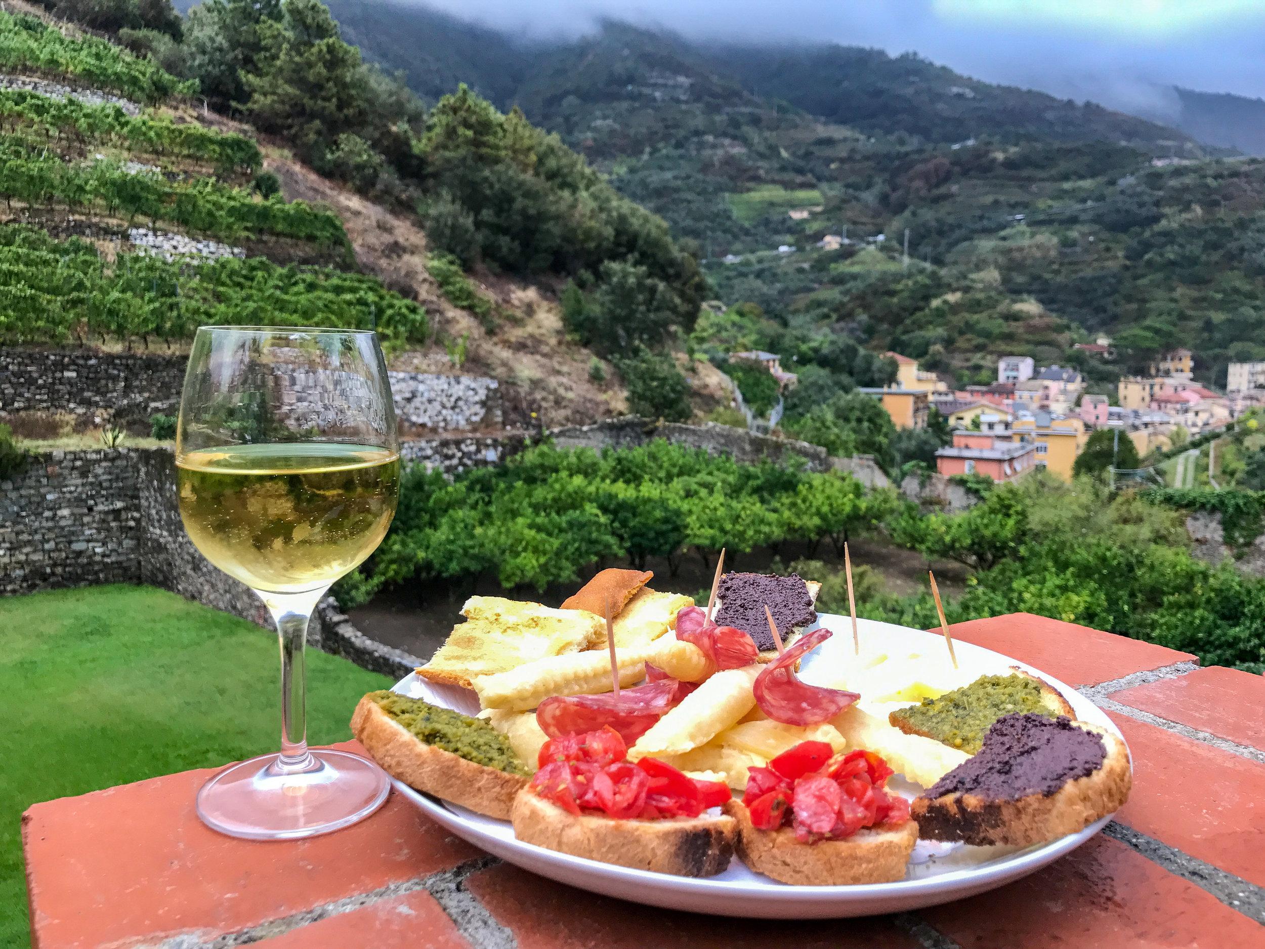 What to do in Cinque Terre when it's Raining | coupleinthekitchen.com