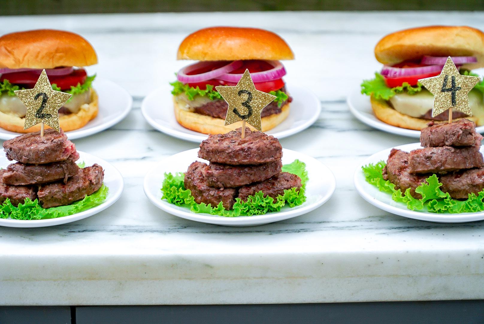 The Best Meat for Burgers | www.coupleinthekitchen.com