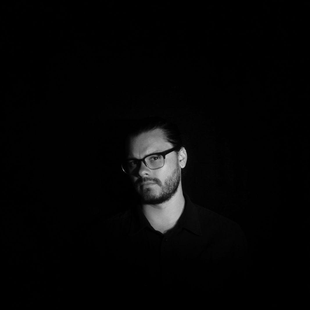 FINN - There's something to be said for keeping it in the family…Three brothers, Dan, John and Matt Baron create the genetic make up of FINN. With ear haunting melodies and clever rhythms,FINN creates unique soundscapes, leaving audiences with an eerie sense of human synchronicity.