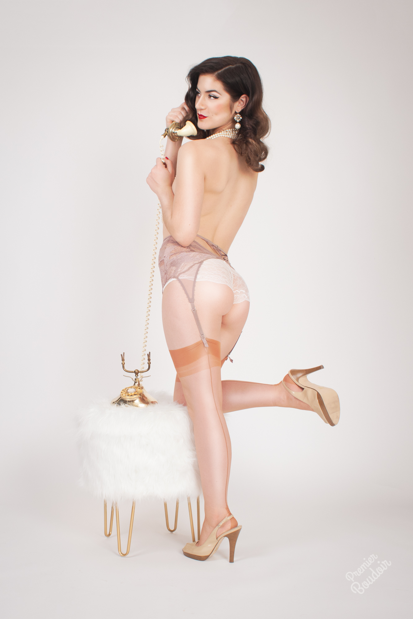 cleveland akron retro pinup vintage photographer retro hair and makeup vintage hollywood