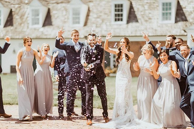 It's the weekend baby! ✨ #bebride @itskrystinith #SayYesToSoucie⠀ ⠀