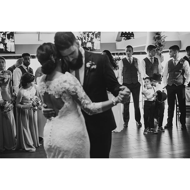 First dances . Huge thank-you to @robinzhangphotography and @f29studio! . P & S' wedding at beautiful @thevueandclubhouse . #torontobride #torontowedding #torontoweddings #torontoweddingphotography #torontoweddingphotographer #torontoweddingphotographers #fearlessphotographers #fearlessphoto #fearlessphotographer @fearlessphotographerscom #ontarioweddingphotographer #ontariowedding  #gtaweddings #gtawedding #weddingdayphoto #weddingphotoinspirations #torontoengagement #torontoengagementphotographer #torontoengagementphotography #firstdance