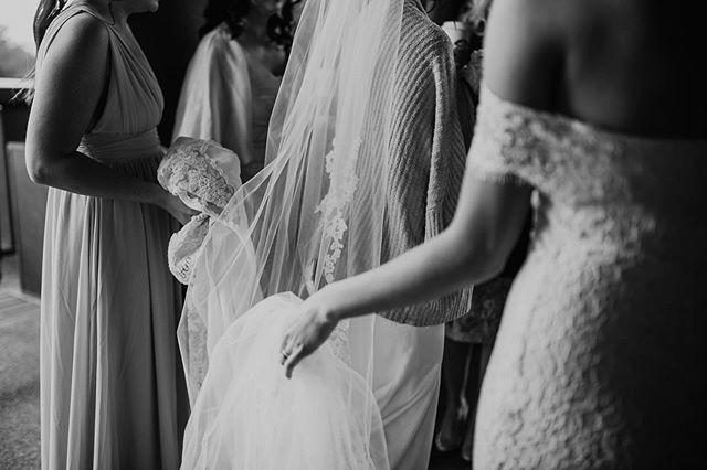 finishing up this sweet wedding. ✨